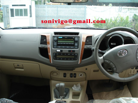 front panel of 2009 Toyota Fortuner