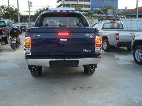 new Toyota Hilux Vigo Double Cab with Superlid at Thailand's top Toyota Hilux Vigo dealer Sam Motors Thailand